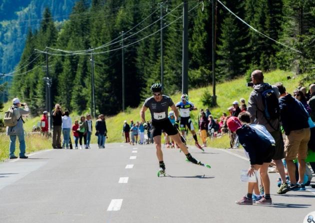 Elita biegów w zawodach na nartorolkach