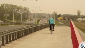 ze ścieżki korzystają również rowerzyści